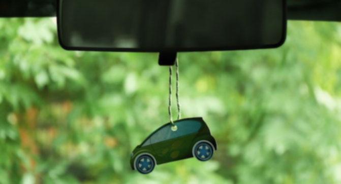 solutii parfumare auto